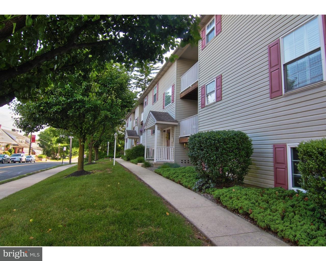 Частный односемейный дом для того Аренда на 377 S READING Avenue Boyertown, Пенсильвания 19512 Соединенные Штаты
