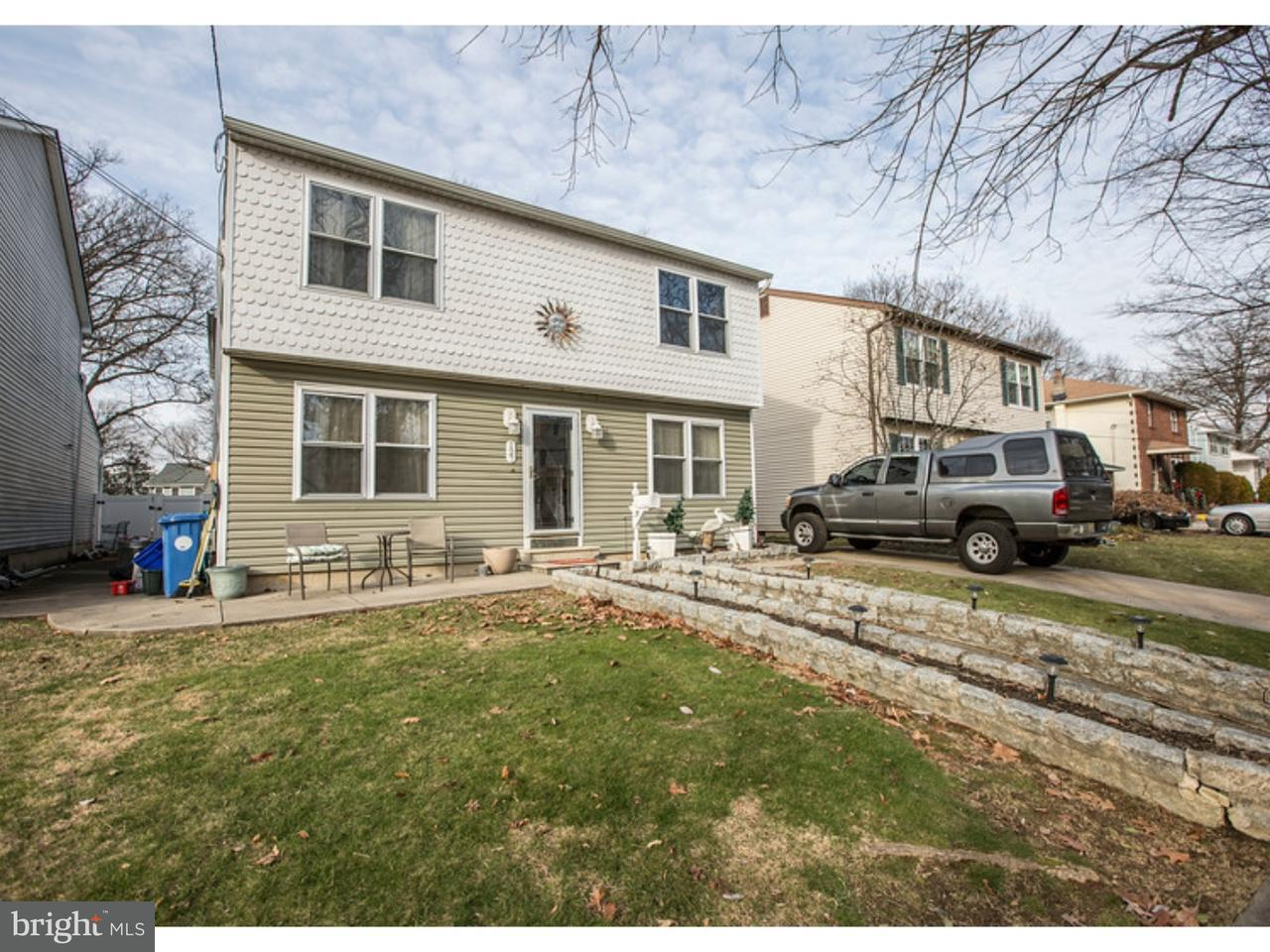 Casa Unifamiliar por un Venta en 127 W HOLLY Avenue Oaklyn, Nueva Jersey 08107 Estados Unidos