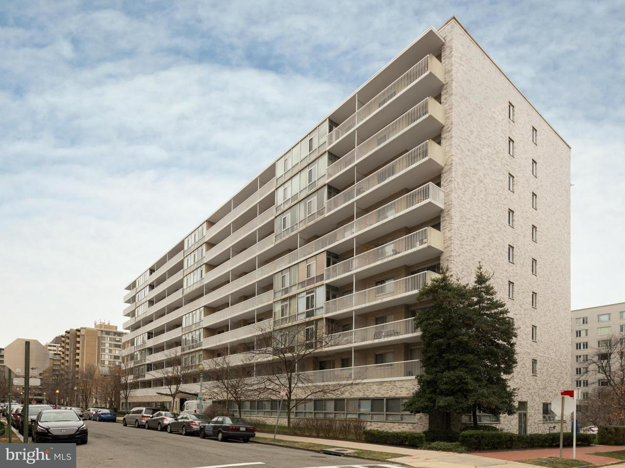 Commercial for Sale at 730 24th St NW #1 Washington, District Of Columbia 20037 United States