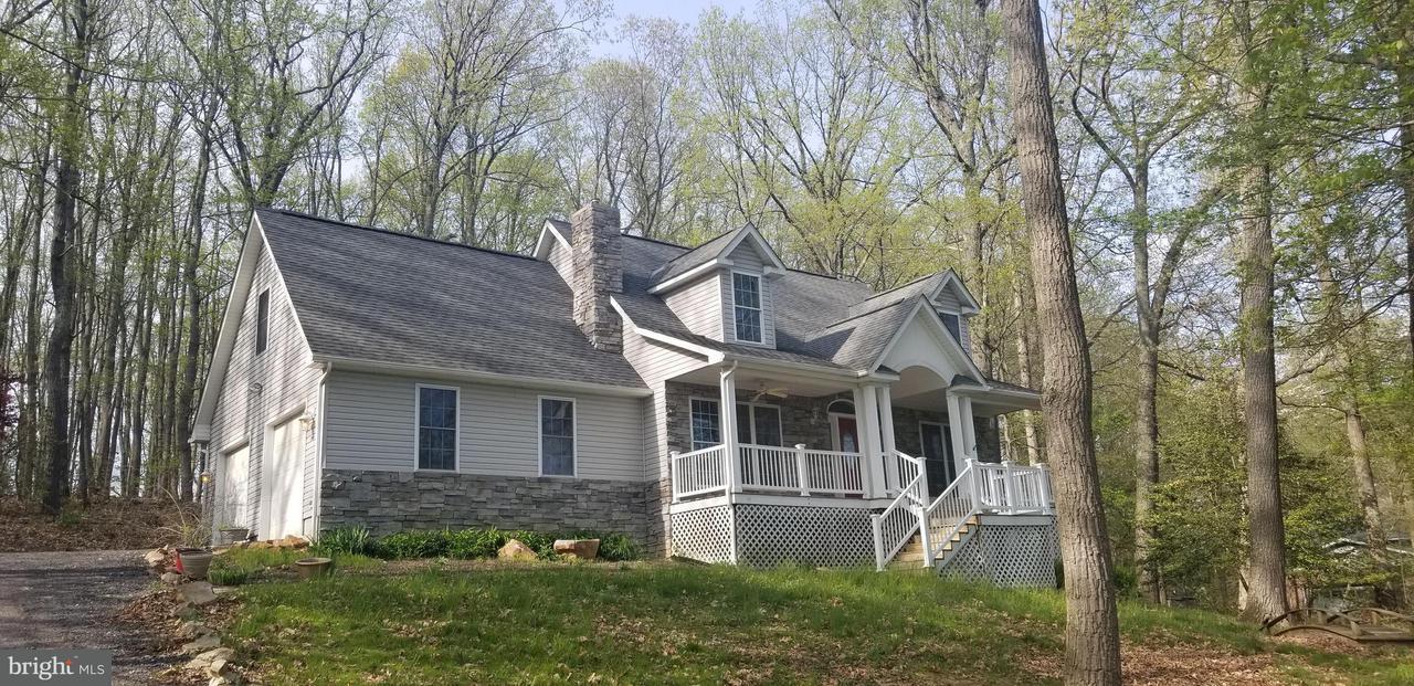 Частный односемейный дом для того Продажа на 15825 Yeoho Road 15825 Yeoho Road Sparks, Мэриленд 21152 Соединенные Штаты