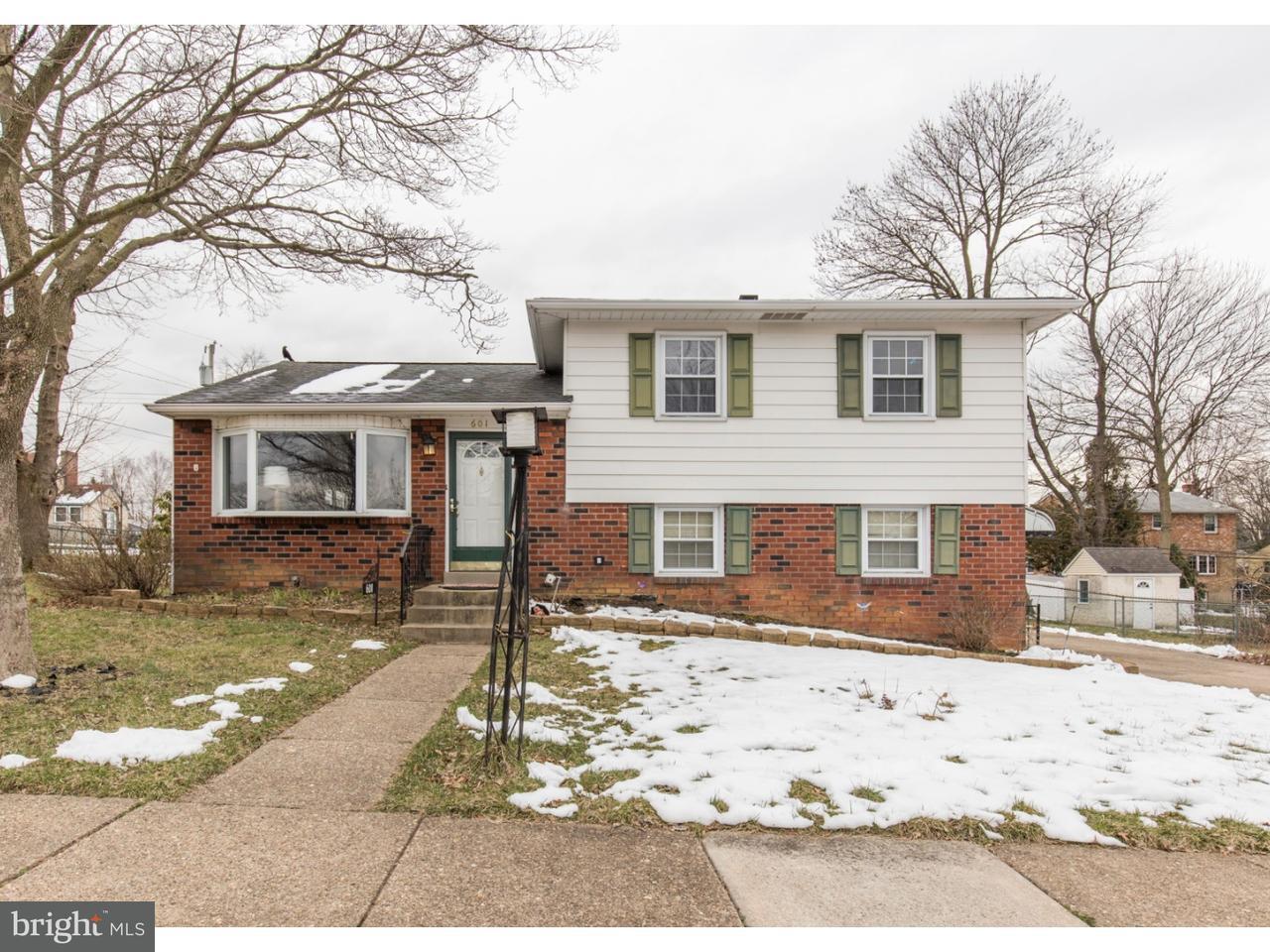 独户住宅 为 销售 在 601 TASKER Avenue Folsom, 宾夕法尼亚州 19033 美国