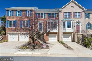 Single Family for Sale at 2214 Stefan Dr Dunn Loring, Virginia 22027 United States