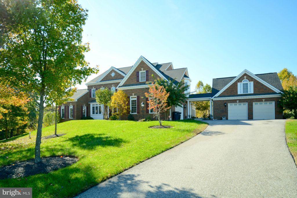 獨棟家庭住宅 為 出售 在 13414 Marburg Lane 13414 Marburg Lane Upper Marlboro, 馬里蘭州 20772 美國