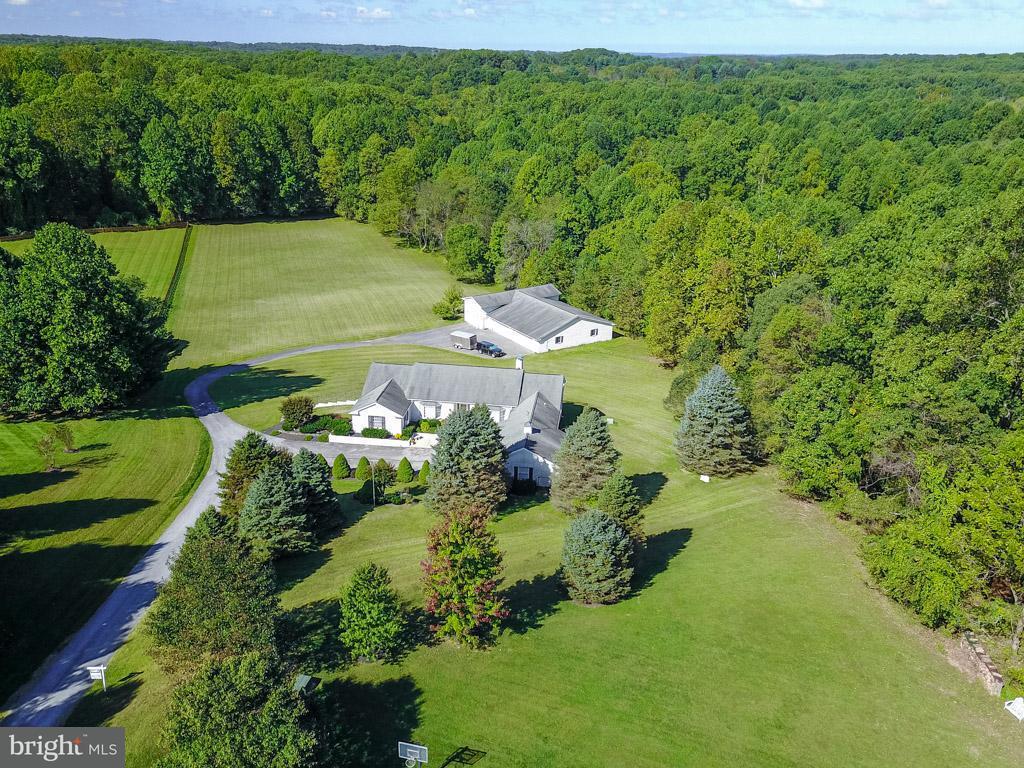 Villa per Vendita alle ore 7646 Greendell Lane 7646 Greendell Lane Highland, Maryland 20777 Stati Uniti
