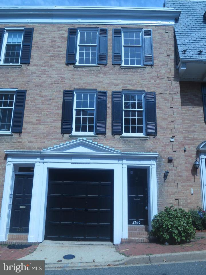 Other Residential for Rent at 2535 Queen Annes Ln NW Washington, District Of Columbia 20037 United States