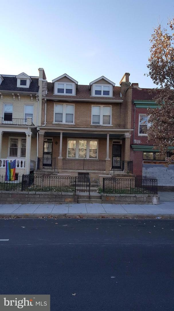 Single Family for Sale at 2322 North Capitol St NW Washington, District Of Columbia 20002 United States