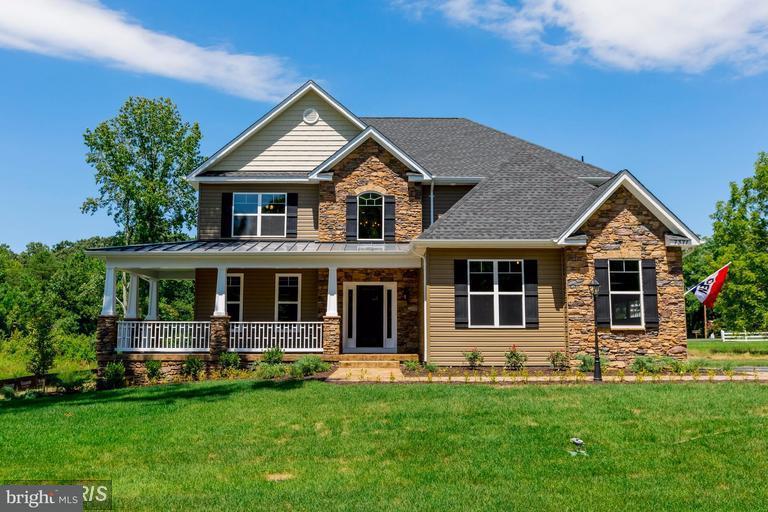 Maison unifamiliale pour l Vente à 12376 Belle Place 12376 Belle Place Hughesville, Maryland 20637 États-Unis