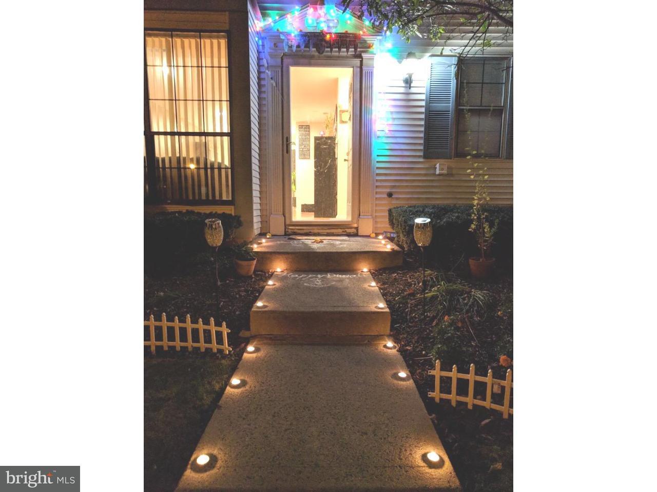 Maison accolée pour l à louer à 21 LYON Lane Franklin Park, New Jersey 08823 États-UnisDans/Autour: Franklin Township