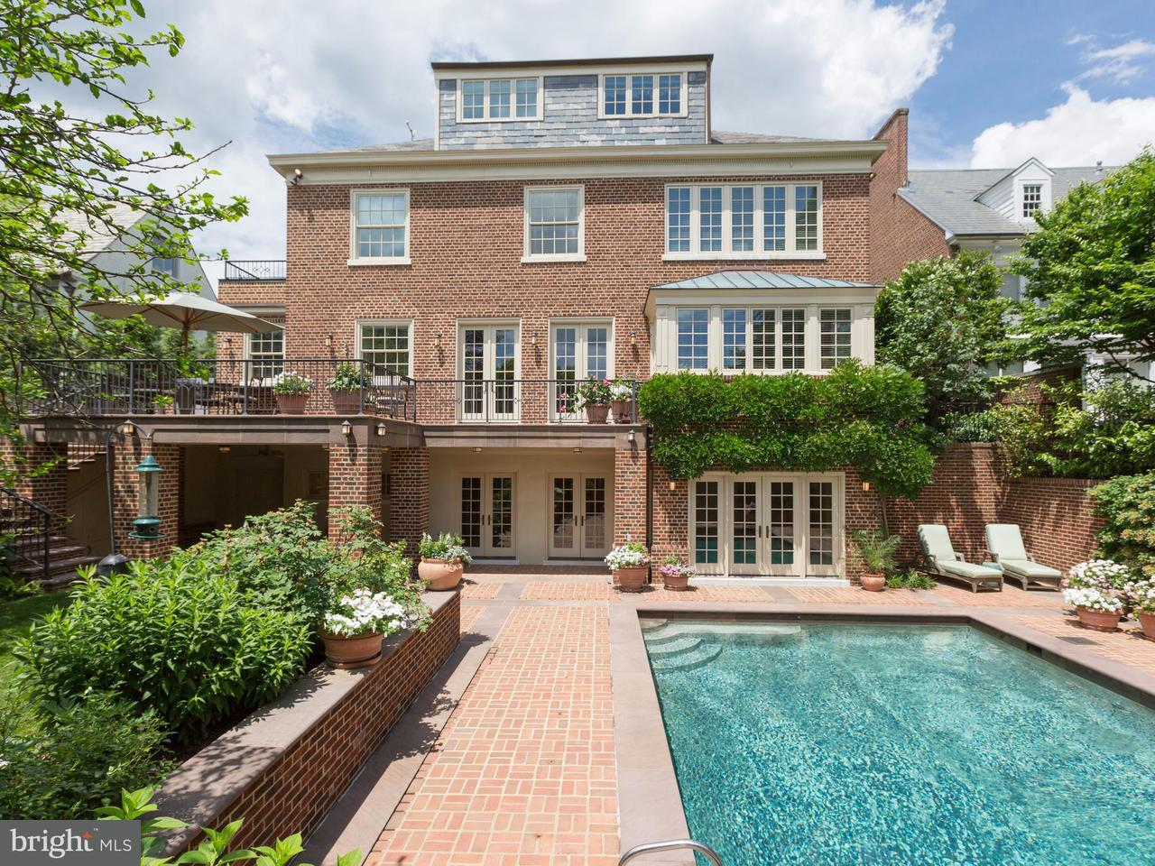 Additional photo for property listing at 2404 Wyoming Ave NW  Washington, District Of Columbia 20008 United States