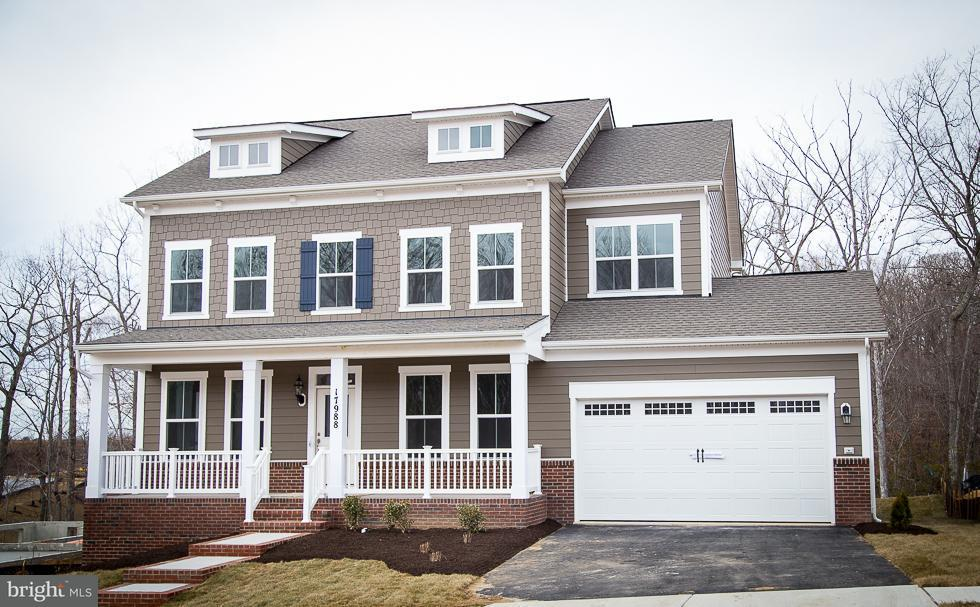 Частный односемейный дом для того Продажа на 17988 Woods View Drive 17988 Woods View Drive Dumfries, Виргиния 22026 Соединенные Штаты