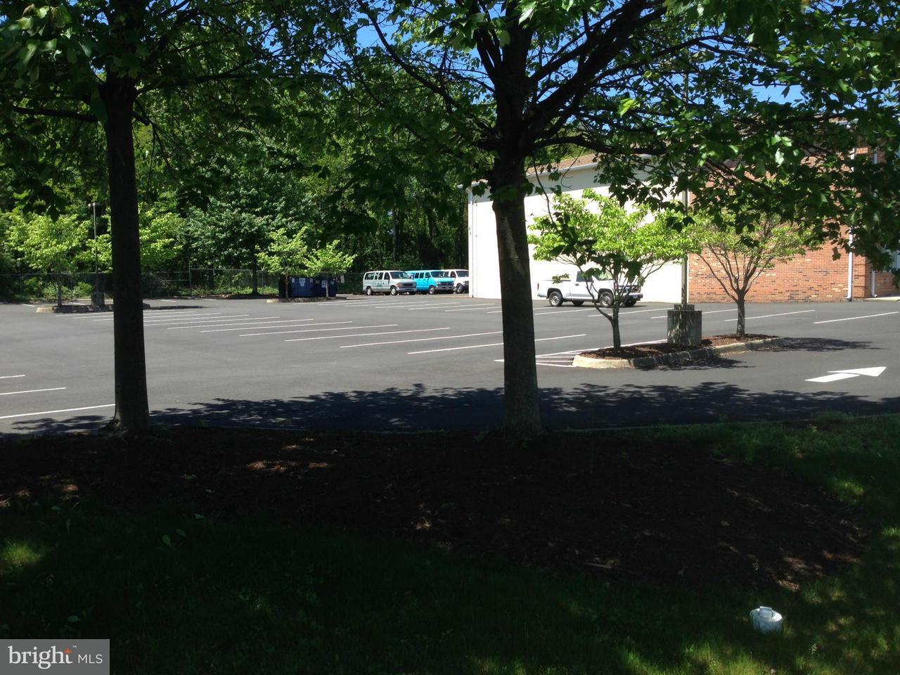 Photo of home for sale at 8773 Commerce Court, Manassas VA