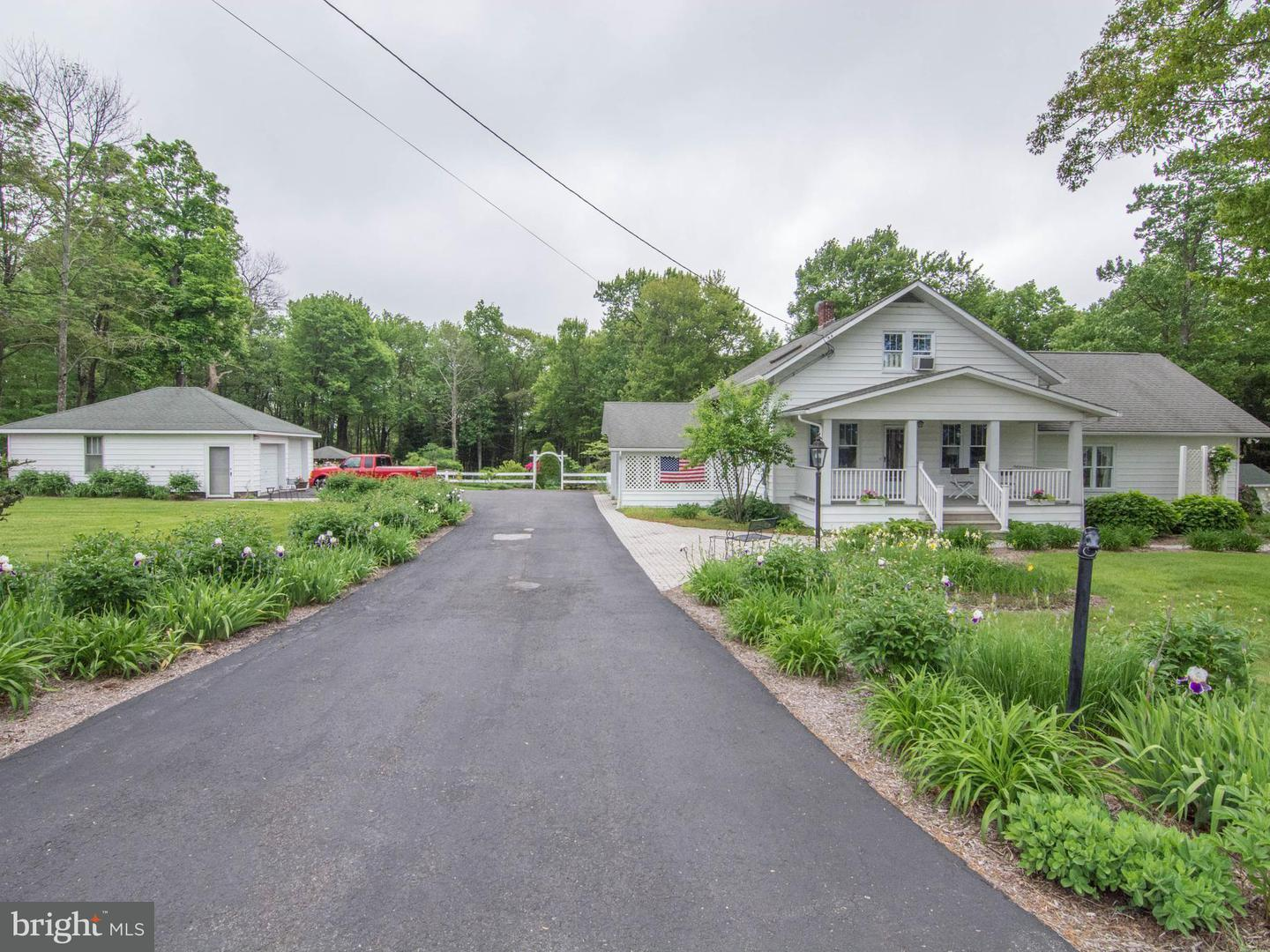 Single Family for Sale at 35780 Garrett Hwy Accident, Maryland 21520 United States