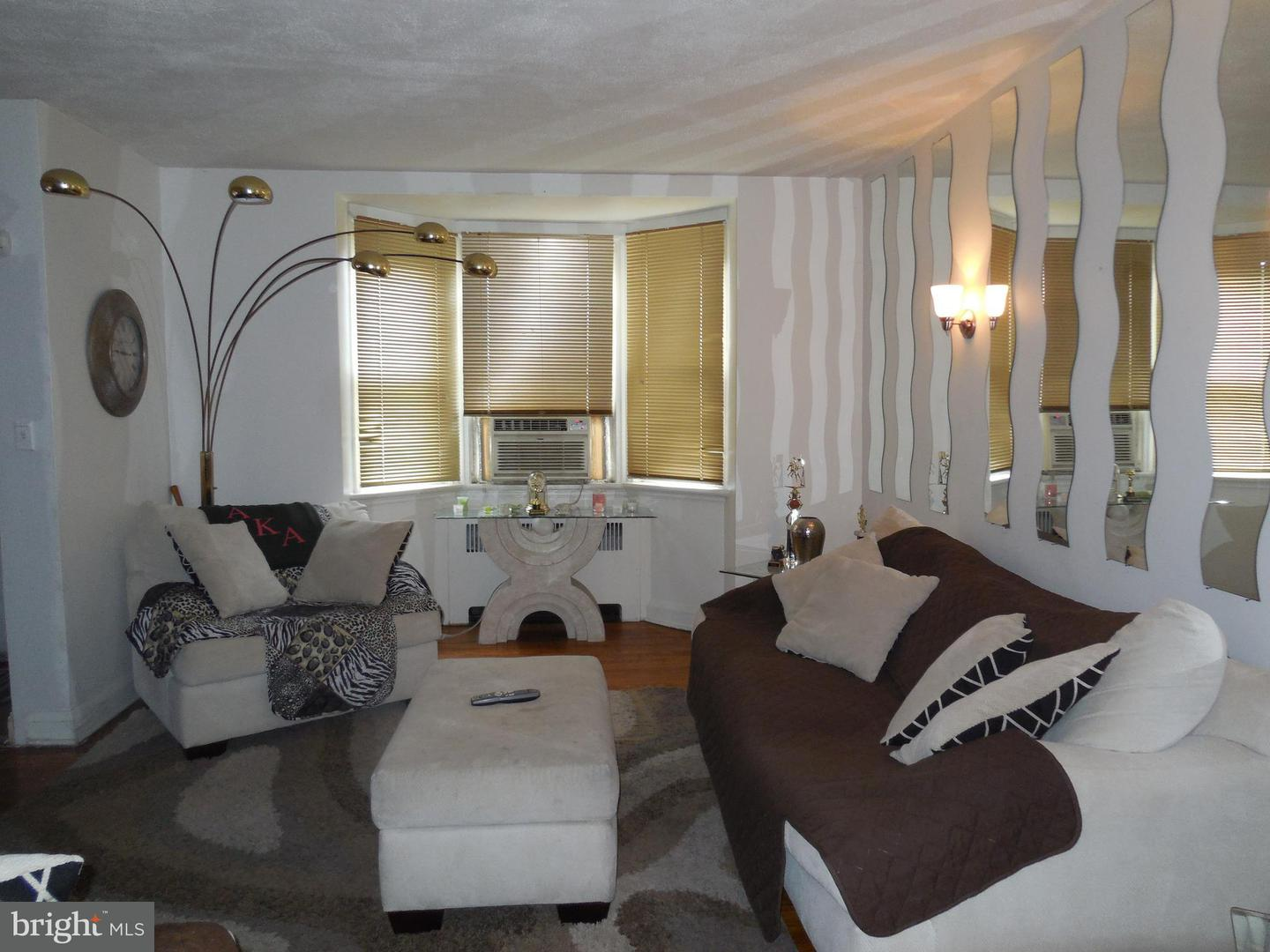 Single Family for Sale at 1630 Kingsway Rd Baltimore, Maryland 21218 United States