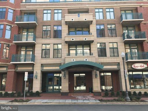 Property for sale at 502 Broad St W #301, Falls Church,  VA 22046