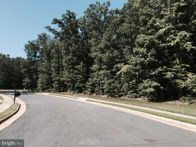 Additional photo for property listing at 11204 Westmont Dr  Spotsylvania, Virginia 22551 United States