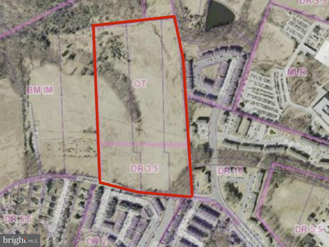 Land für Verkauf beim Johnnycake Road Johnnycake Road Windsor Mill, Maryland 21244 Vereinigte Staaten