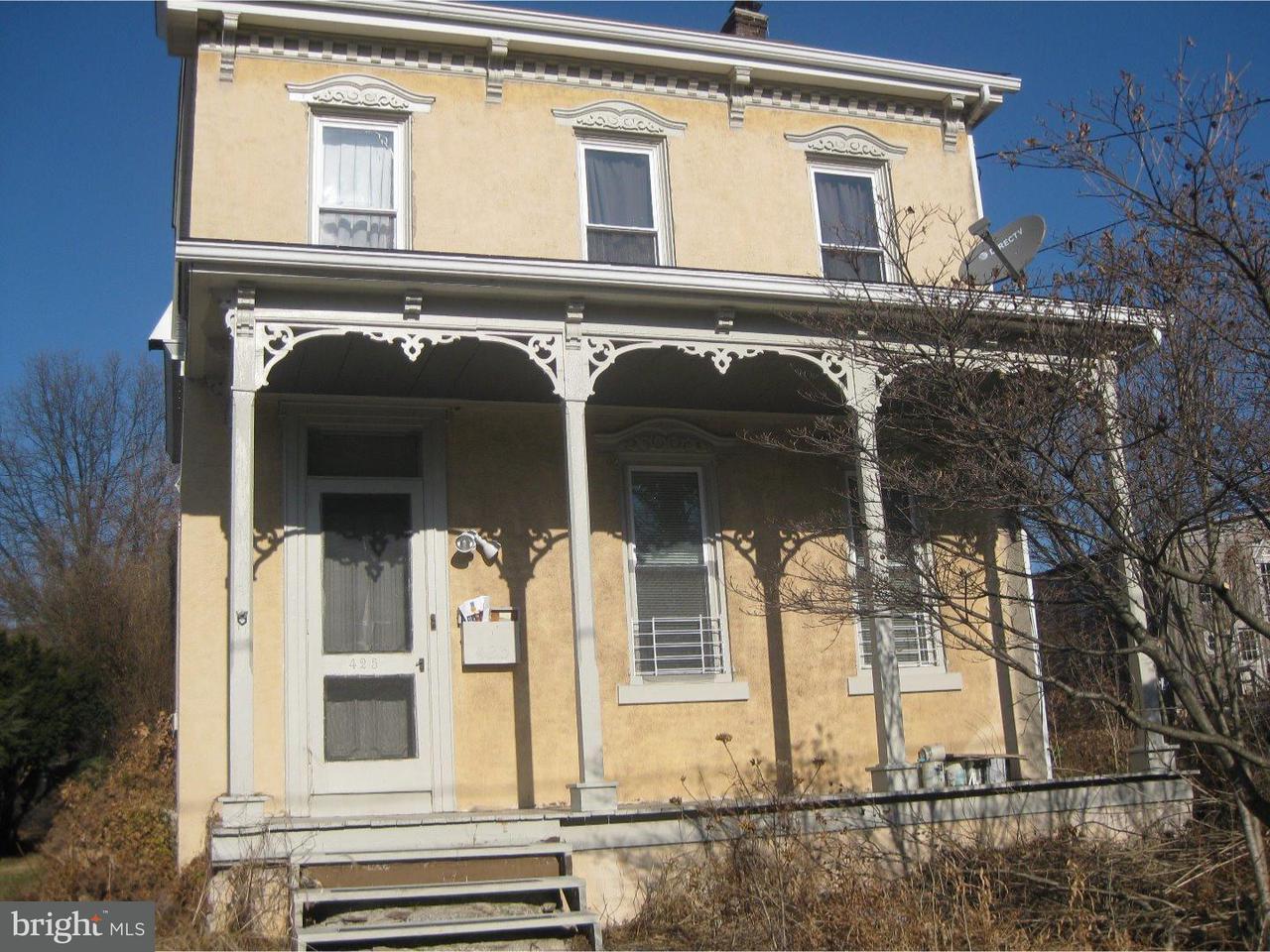 Частный односемейный дом для того Аренда на 425 3RD Street East Greenville, Пенсильвания 18041 Соединенные Штаты
