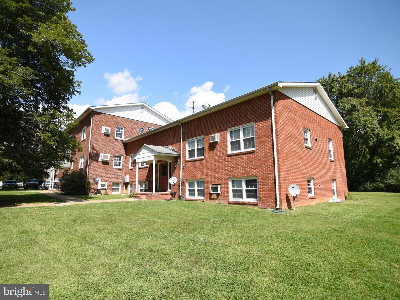 Casa multifamiliare per Vendita alle ore 604 Kent Avenue 604 Kent Avenue La Plata, Maryland 20646 Stati Uniti