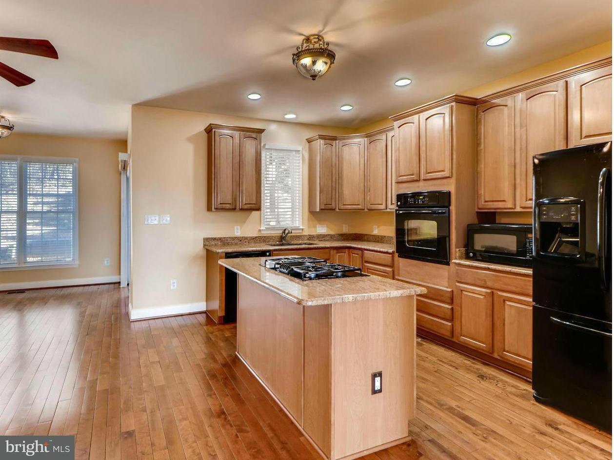 Single Family for Sale at 4701 Falls Rd Baltimore, Maryland 21209 United States