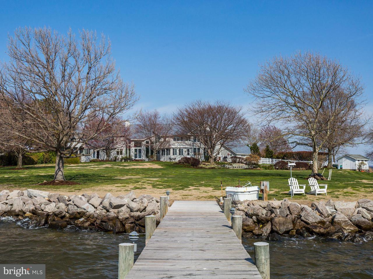Частный односемейный дом для того Продажа на 2886 Cox Neck Road 2886 Cox Neck Road Chester, Мэриленд 21619 Соединенные Штаты