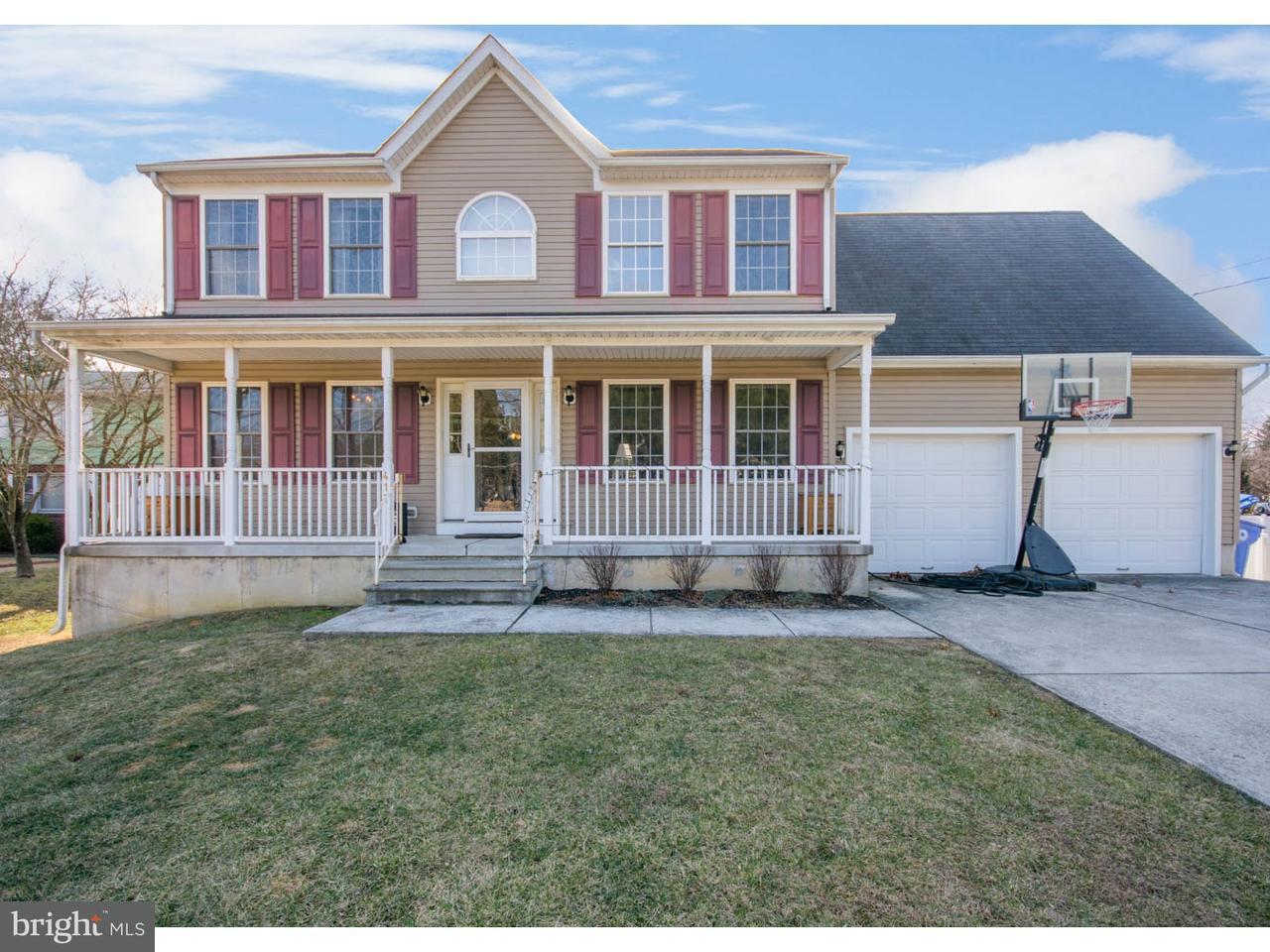 Maison unifamiliale pour l Vente à 417 W ATLANTIC Avenue Laurel Springs, New Jersey 08021 États-Unis