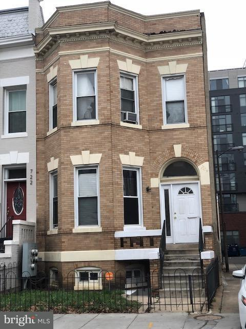 Single Family for Sale at 724 7th St NE Washington, District Of Columbia 20002 United States