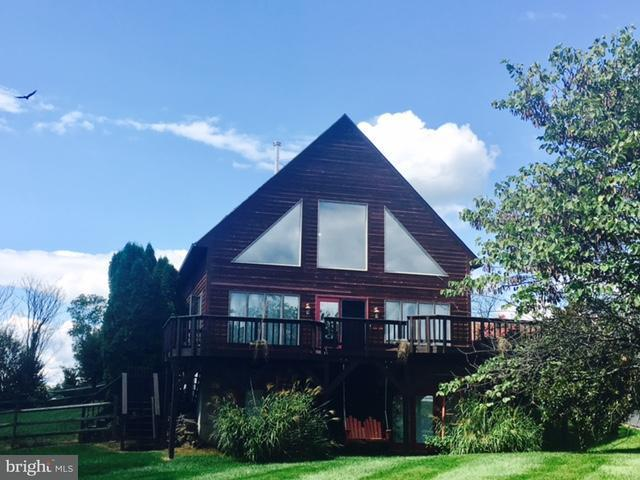 Single Family for Sale at 273 Grouse Knoll Rd Summit Point, West Virginia 25446 United States