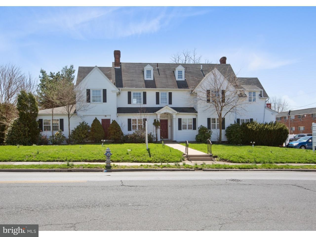 Частный односемейный дом для того Продажа на 3400 GARRETT Road Drexel Hill, Пенсильвания 19026 Соединенные Штаты