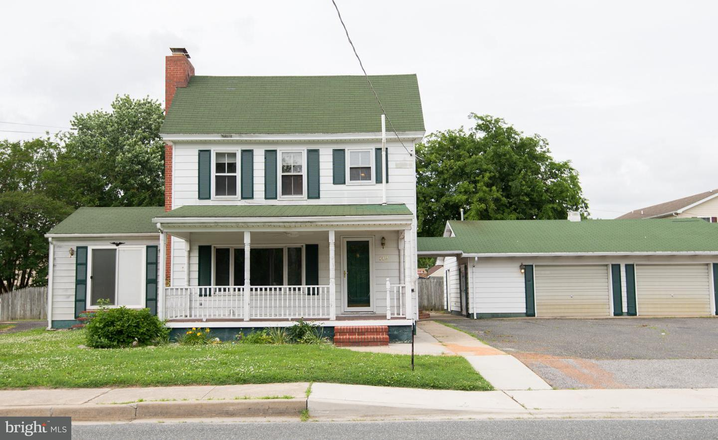 Single Family for Sale at 149 Main St Secretary, Maryland 21664 United States