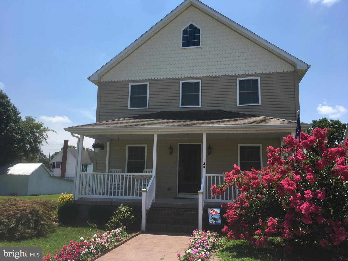 Single Family for Sale at 126 Main St Secretary, Maryland 21664 United States