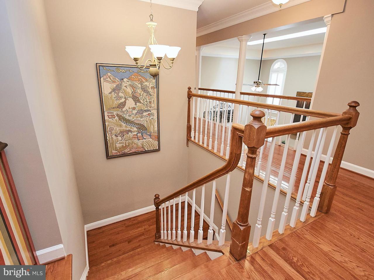 Частный односемейный дом для того Продажа на 10848 Henderson Road 10848 Henderson Road Fairfax Station, Виргиния 22039 Соединенные Штаты