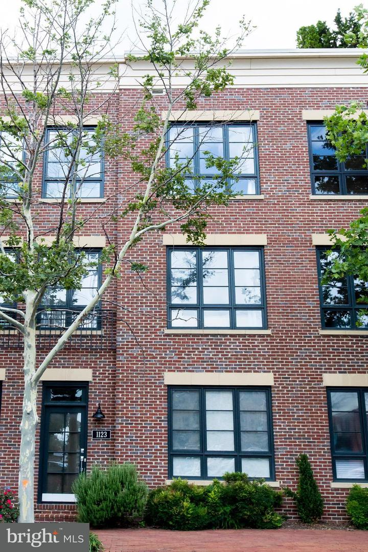 Other Residential for Rent at 1123 Wythe St Alexandria, Virginia 22314 United States