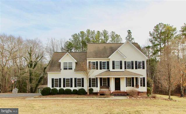 Single Family for Sale at 5197 Duval Rd Kents Store, Virginia 23084 United States