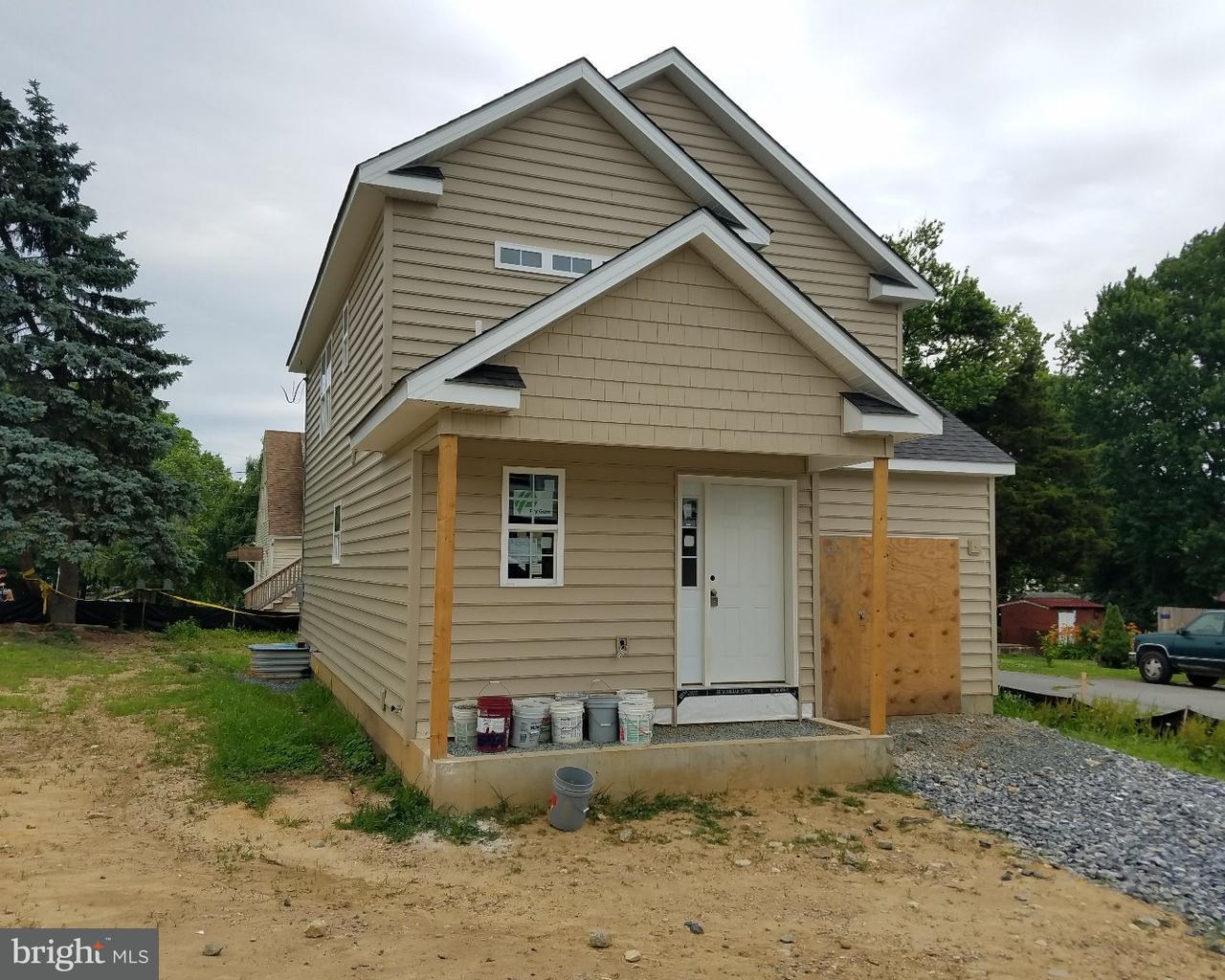 Tek Ailelik Ev için Satış at 1601 ARGONNE Avenue Newport, Delaware 19804 Amerika Birleşik Devletleri