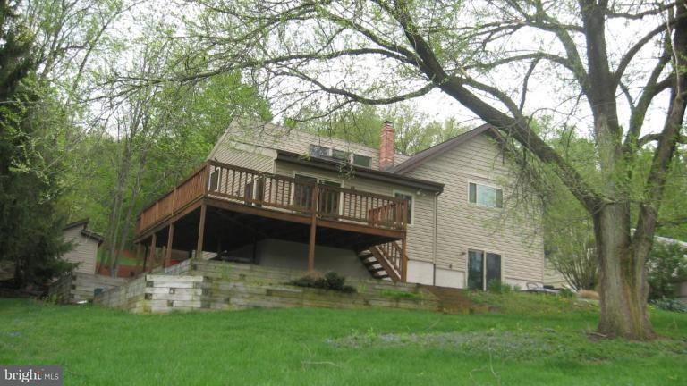 Additional photo for property listing at 519 Georges Creek Blvd  Cumberland, Maryland 21502 United States