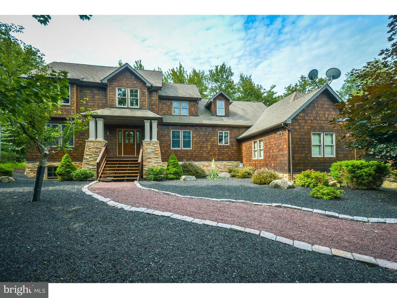 Single Family Home for Sale at 48 WATAWGA WAY W Gouldsboro, Pennsylvania 18424 United States