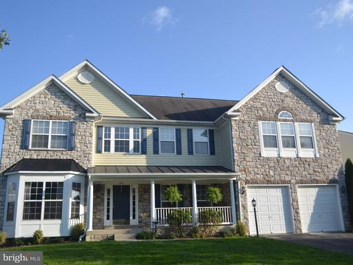 Property for sale at 412 Autumn Chase Ct, Purcellville,  VA 20132