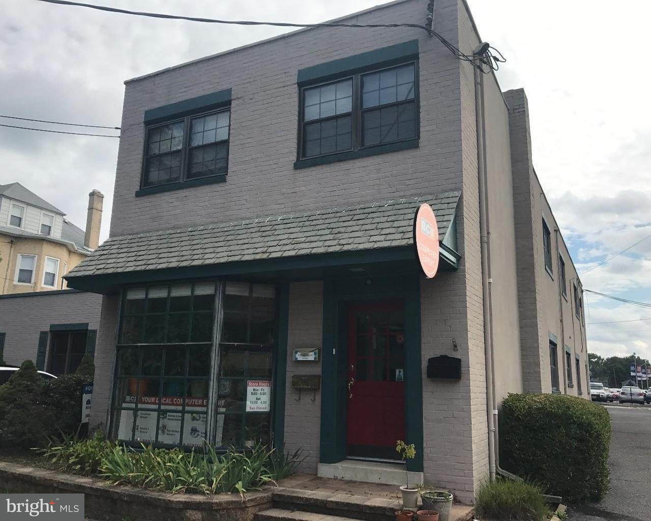 Casa Unifamiliar por un Venta en 24 LEES Avenue Collingswood, Nueva Jersey 08108 Estados Unidos