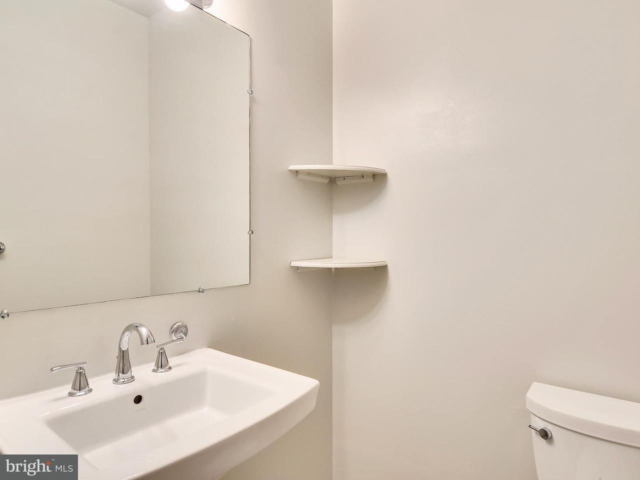 Additional photo for property listing at 1201 F St Ne 1201 F St Ne Washington, Distrito De Columbia 20002 Estados Unidos