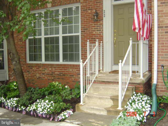 Other Residential for Rent at 22 Arell Ct Alexandria, Virginia 22304 United States