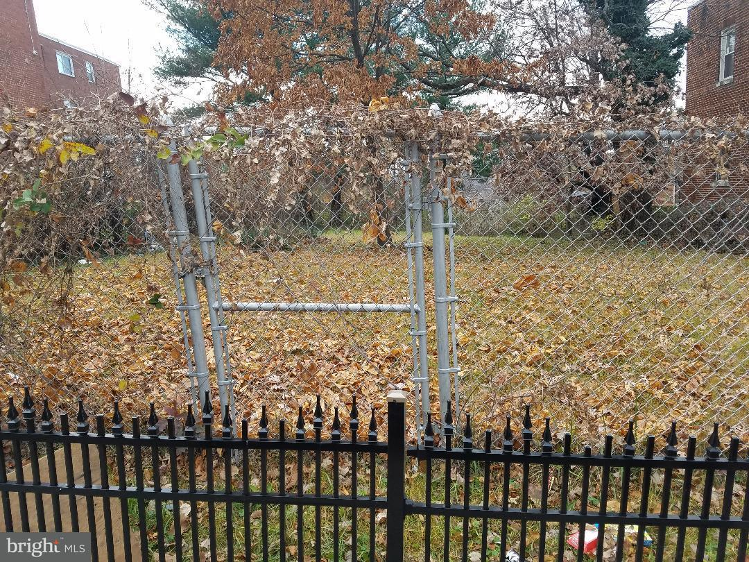Land for Sale at 952 Division Ave NE Washington, District Of Columbia 20019 United States