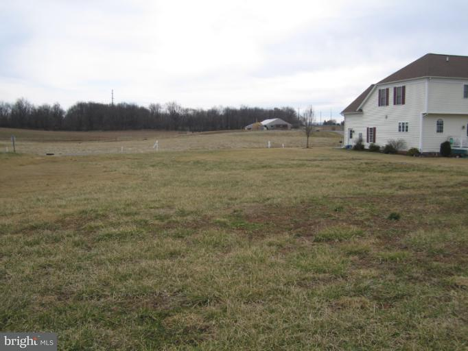 Additional photo for property listing at 13808 Ideal Cir  Hagerstown, Maryland 21742 United States