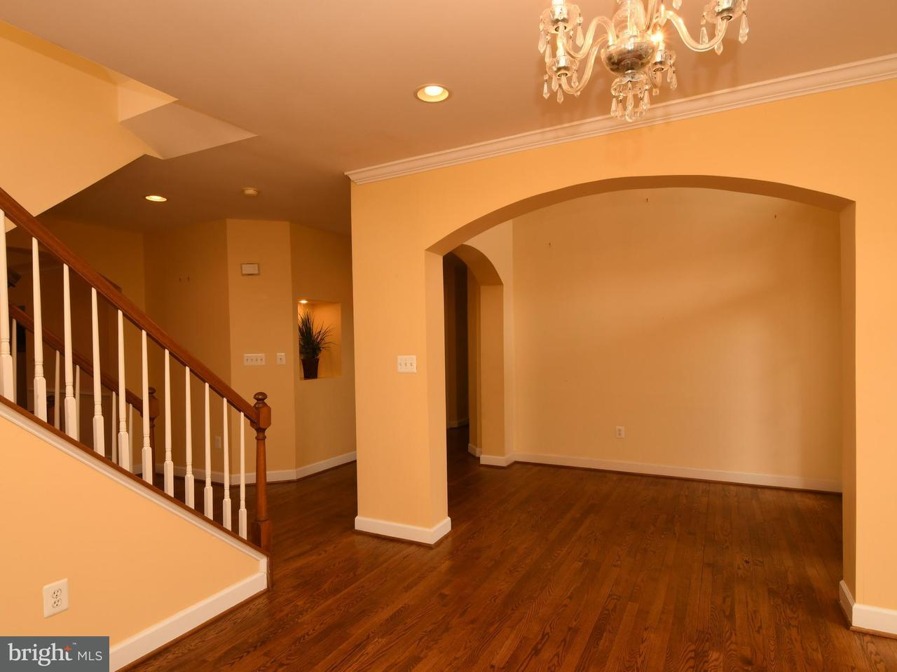 Additional photo for property listing at 4316 Chancery Park Drive 4316 Chancery Park Drive Fairfax, バージニア 22030 アメリカ合衆国