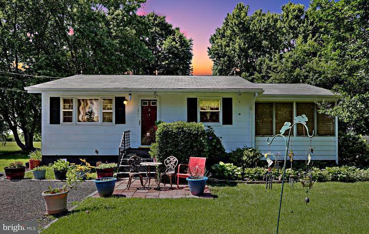 Single Family for Sale at 35966 Washington Ave Chaptico, Maryland 20621 United States