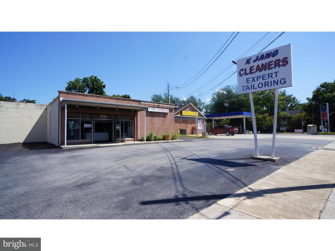 Maison unifamiliale pour l Vente à 204 GRIFFITH Street Salem, New Jersey 08079 États-Unis