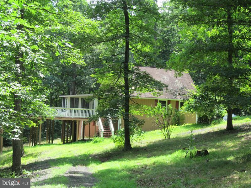 Single Family for Sale at 133 Cardinal Dr Rio, West Virginia 26755 United States