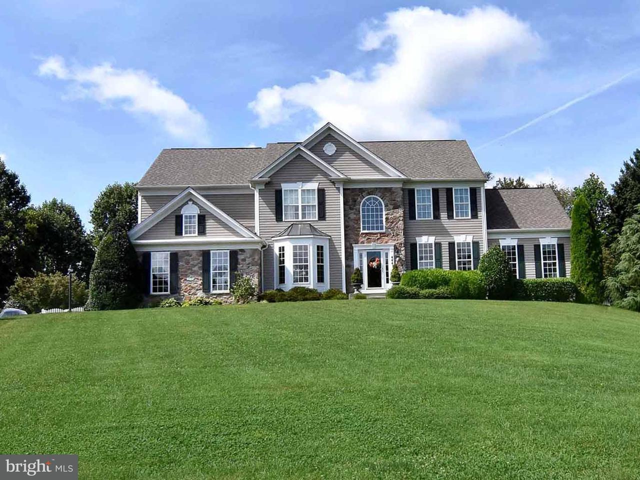 Частный односемейный дом для того Продажа на 4441 Claybrooke Drive 4441 Claybrooke Drive Lothian, Мэриленд 20711 Соединенные Штаты