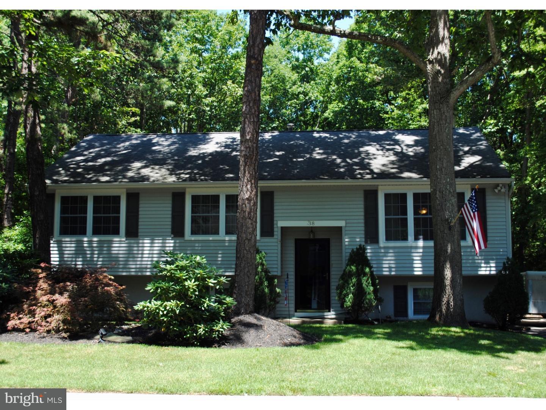 Частный односемейный дом для того Продажа на 38 BIRCHWOOD WAY Gibbsboro, Нью-Джерси 08026 Соединенные Штаты
