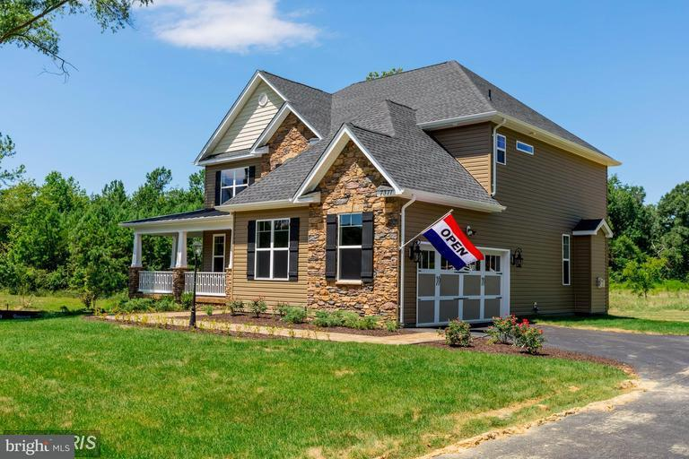 Additional photo for property listing at 12376 Belle Place 12376 Belle Place Hughesville, Maryland 20637 États-Unis