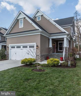Property for sale at 513 Greenwich St, Falls Church,  VA 22046